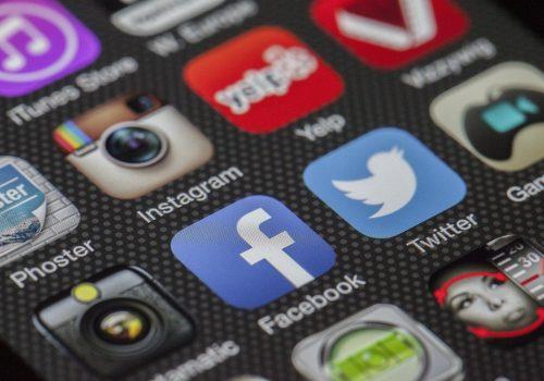 Apprendre les réseaux sociaux
